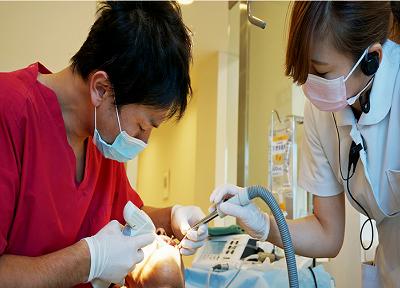 札幌インプラントクリニックの治療風景