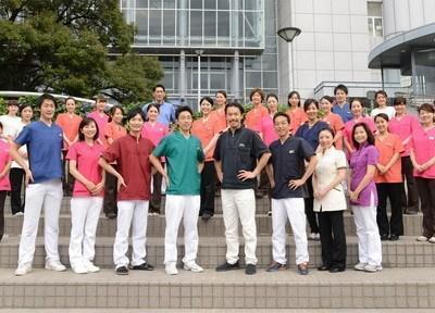 名駅ナディア歯科の集合写真