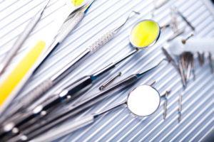 親知らずを移植に使う歯牙移植とは?