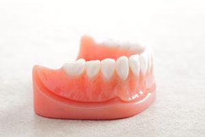 歯茎を綺麗なピンク色に戻す歯茎のホワイトニングとは?