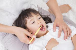 【※要注意】子供の虫歯は白い歯のままで進行します!