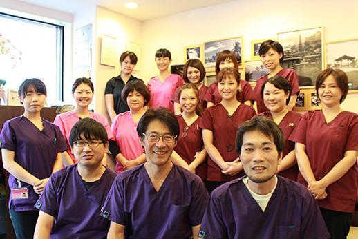 原田歯科医院のドクターとスタッフ